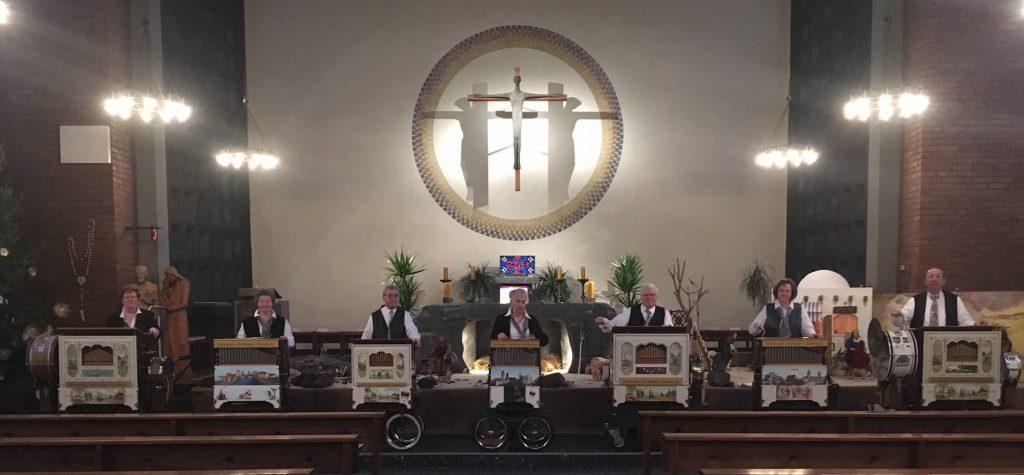 7 Orgeln in der Kirche